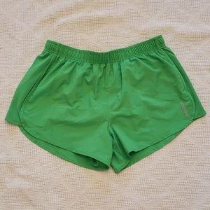 Reebok Play Dry women's shorts medium green